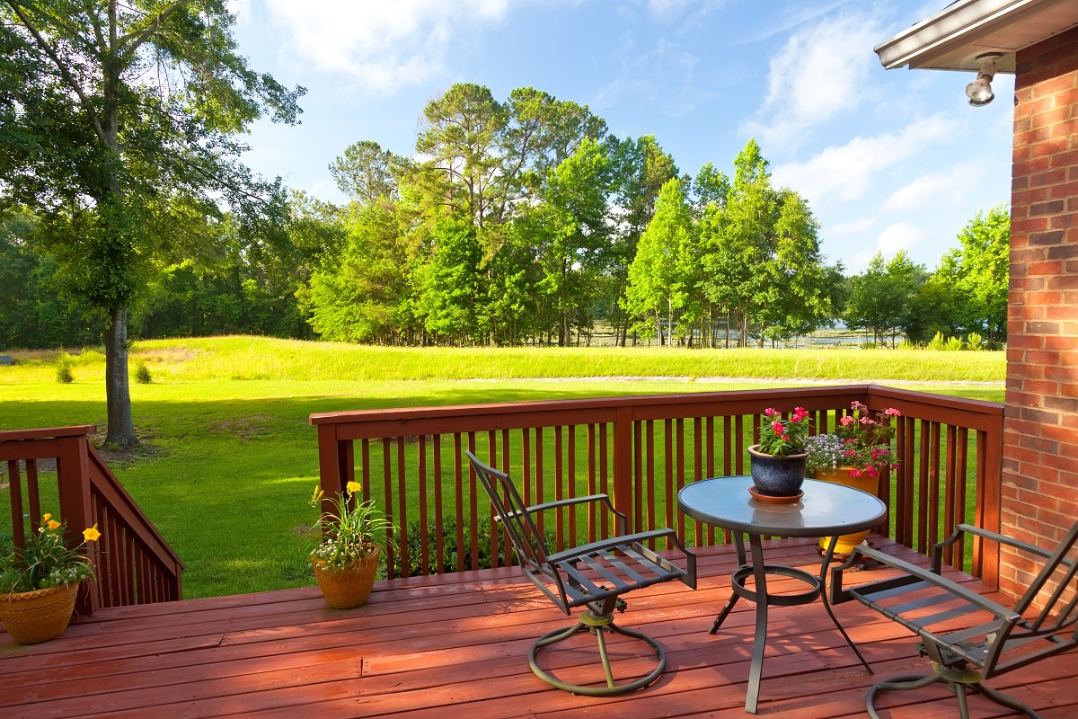 4 Trendy and Useful Outdoor Ideas That Also Add Aesthetic Value to Your Property